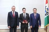 Андрей Травников вручил государственные награды Российской Федерации и награды Новосибирской области