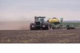 Губернатор утвердил комплекс мер по проведению весенних полевых работ в Новосибирской области