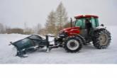 На борьбу с первым снегопадом на областные трассы вышли свыше 800 единиц техники