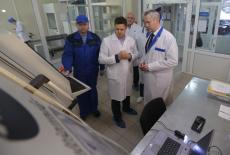 Врио Губернатора Андрей Травников обсудил с руководством «НЭВЗ-Союз» перспективы развития производства нанокерамики