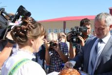 Андрей Травников принял участие в празднике Болотнинского района «Хозяюшка земли Сибирской»