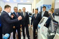 Андрей Травников: В реализации крупных региональных проектов должна участвовать отечественная наука и отечественные предприятия