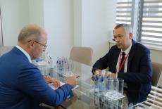 Губернатор Андрей Травников обсудил развитие аэропорта «Толмачево» с главой «Корпорации АЕОН» Романом Троценко