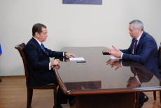 Состоялась рабочая встреча Председателя Правительства РФ Дмитрия Медведева и главы Новосибирской области Андрея Травникова