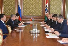 Губернатор провёл рабочую встречу с Послом Киргизии в России