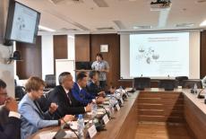 Губернатору презентовали перспективные образовательные проекты НГУ