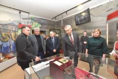Губернатор Андрей Травников открыл обновленный Сузунский краеведческий музей
