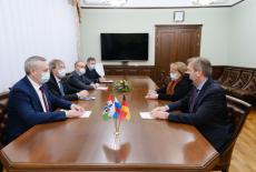 Губернатор Андрей Травников провёл рабочую встречу с новым Генконсулом ФРГ в Новосибирске господином Берндом Финке