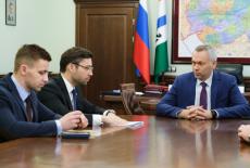 Губернатор Андрей Травников обсудил с депутатом Госдумы Александром Якубовским совершенствование мер поддержки дольщиков в регионе