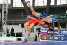 Новосибирский борец Роман Власов выиграл золотую медаль Кубка мира