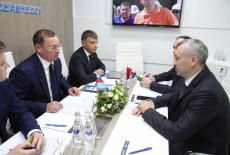 Андрей Травников: С Росавтодором мы обсудили возможности использования дополнительных резервов на реализацию дорожных проектов