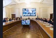 Губернатор Андрей Травников поручил изучить успешный опыт регионов по улучшению жилищных условий льготных категорий граждан