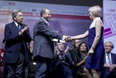 Андрей Травников поздравил организаторов проекта «Новосибирск – город-музей» с победой в международном конкурсе в Мехико