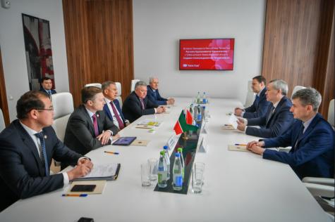 Андрей Травников и Рустам Минниханов обсудили перспективы сотрудничества Новосибирской области и Республики Татарстан