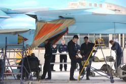 Сергей Шойгу и Андрей Травников посетили Новосибирский авиационный завод имени В.П. Чкалова