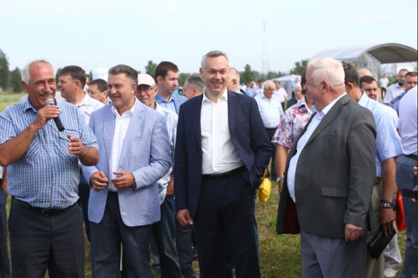 Андрей Травников принял участие в межрегиональном мероприятии «День поля Новосибирской области-2018»