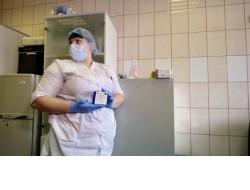 Более 4 тысяч жителей региона ежедневно прививаются от коронавируса