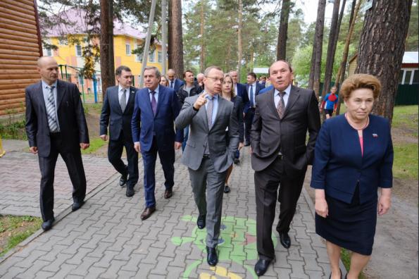 Первый замгубернатора Юрий Петухов проконтролировал исполнение нацпроектов в Маслянинском районе