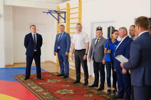 Губернатору представили перспективы развития самбо в Кыштовском районе