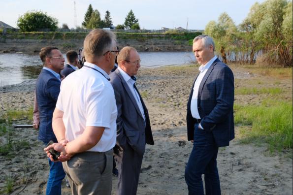 Андрей Травников рассмотрел актуальные задачи водоснабжения Венгеровского района
