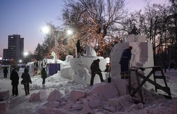 Скульпторы подарят Новосибирску на 125-летие снежные мост, церковь и новостройки