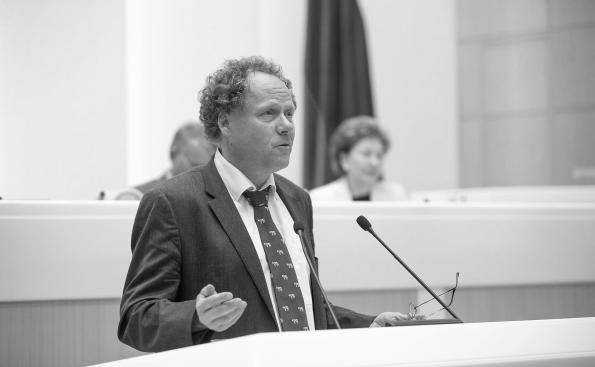 Российский предприниматель с германским опытом Ш. Дюрр поделился с сенаторами своим мнением о перспективах АПК России