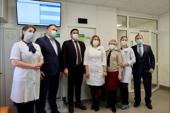Детская поликлиника в Мошковском районе открылась после капремонта благодаря нацпроекту «Здравоохранение»