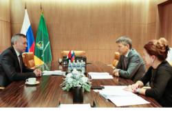 Андрей Травников провёл рабочую встречу с Председателем Правления Россельхозбанка Борисом Листовым