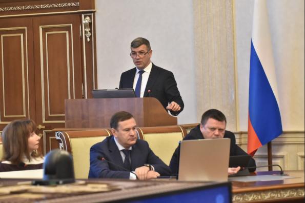 Андрей Травников: Регион увеличит суммы на поддержку организаций, ведущих торговлю в отдалённых сёлах