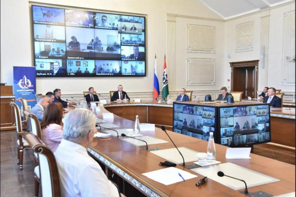 Жителям Новосибирской области предстоит всем вместе выбрать место установки Памятной стелы «Город трудовой доблести»