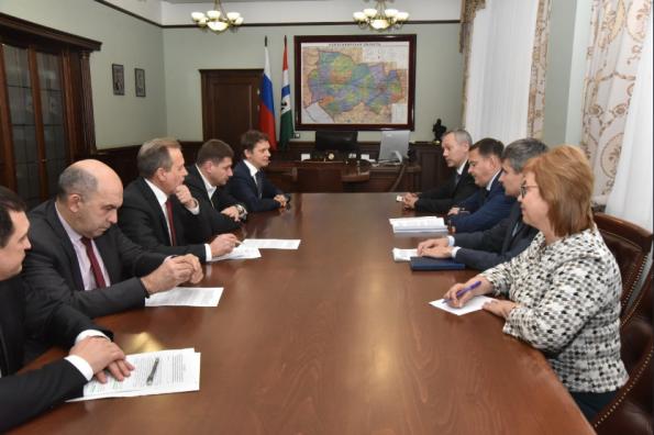 Губернатор Андрей Травников обсудил развитие сотрудничества региона с Фондом «Сколково»