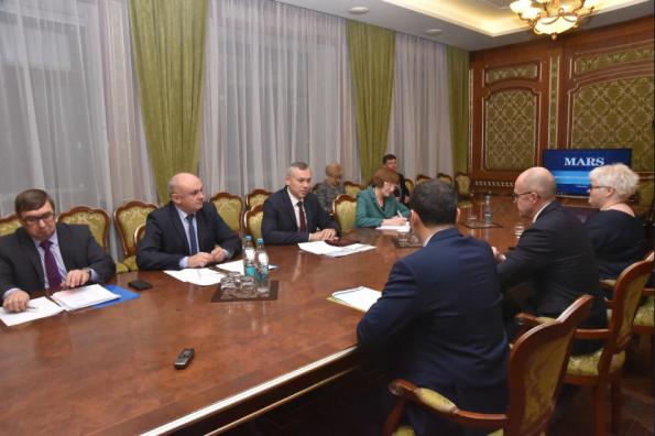 Губернатор Андрей Травников провёл рабочую встречу с руководством компании «Марс»