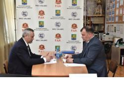 Андрей Травников проконтролировал исполнение наказов жителей Мошковского района
