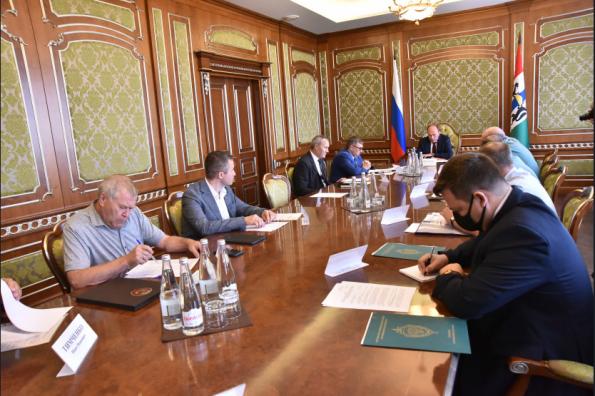 Меры по пресечению нелегального вывоза зерна в Казахстан обсудили в Правительстве региона