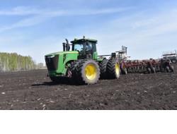 Сельхозпредприятия Маслянинского района первыми завершили посевную кампанию в Новосибирской области