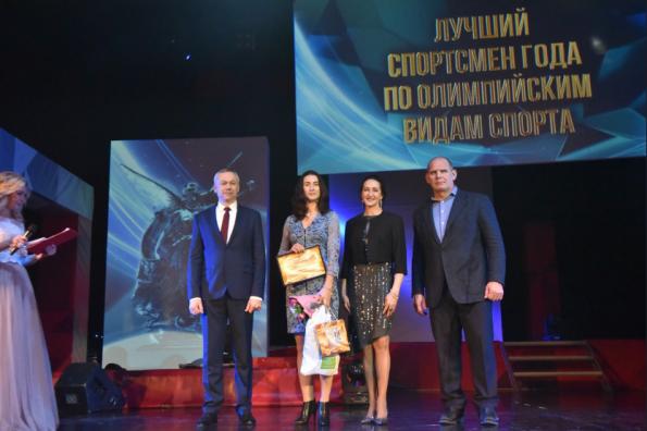 Губернатор Андрей Травников наградил представителей спортивной элиты Новосибирской области
