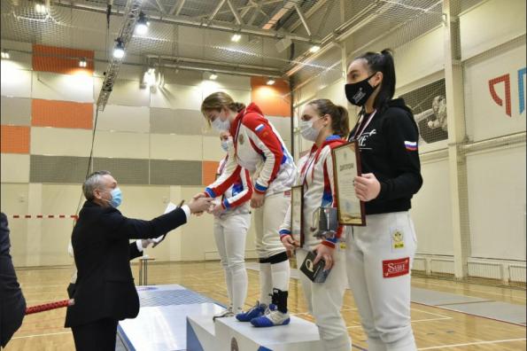 Губернатор поздравил победителей и призёров Всероссийского турнира по фехтованию на саблях