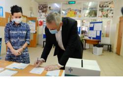 Губернатор призвал жителей области отдать голос за право присвоения Новосибирску почётного звания РФ «Город трудовой доблести»