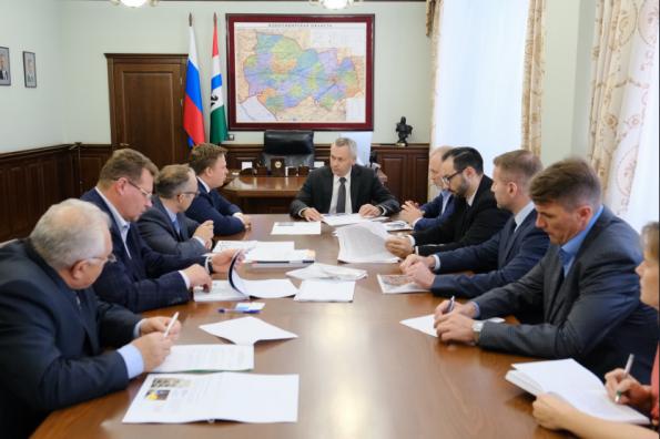 Андрей Травников: Новосибирская область заинтересована в реализации флагманского проекта обувного производства в Линёво