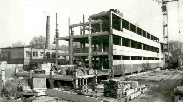 Шоколадная фабрика «Новосибирская» в огненные годы