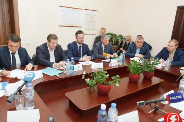 Андрей Травников провёл рабочую встречу с представителями Межрегиональной ассоциации руководителей предприятий