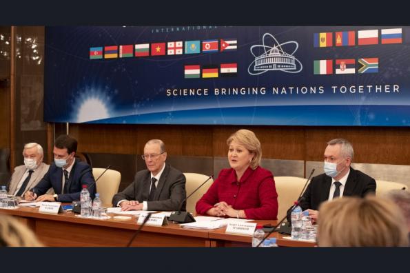 Губернатор Андрей Травников представил предложения по развитию нацпроекта «Наука и университеты» на заседании профильного комитета Совета Федерации