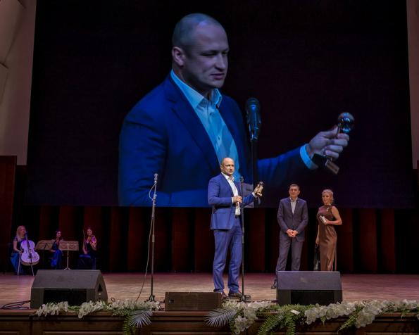 Директор Новосибирского филиала Россельхозбанка Станислав Тишуров признан «Финансистом года-2019»