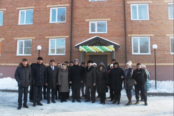 Более 100 маслянинцев получили ключи от новых квартир в рамках нацпроекта «Жилье и городская среда»