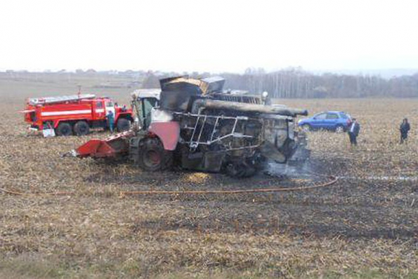 Минсельхоз региона напоминает сельхозпроизводителям о необходимости соблюдения требований пожарной безопасности