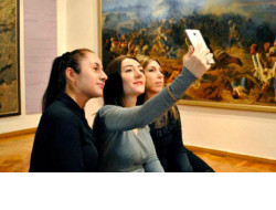 Новосибирские музеи присоединятся к международной акции #MuseumSelfie