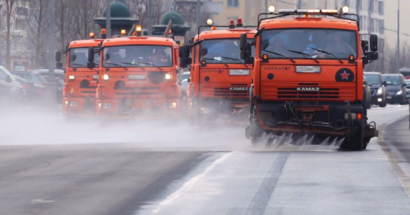 Автодороги Ярославской области в минувшие сутки убирали практически 400 единиц техники