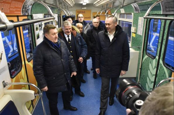 Врио Губернатора Андрей Травников определил этапы развития Новосибирского метрополитена и проекта «Городская электричка»